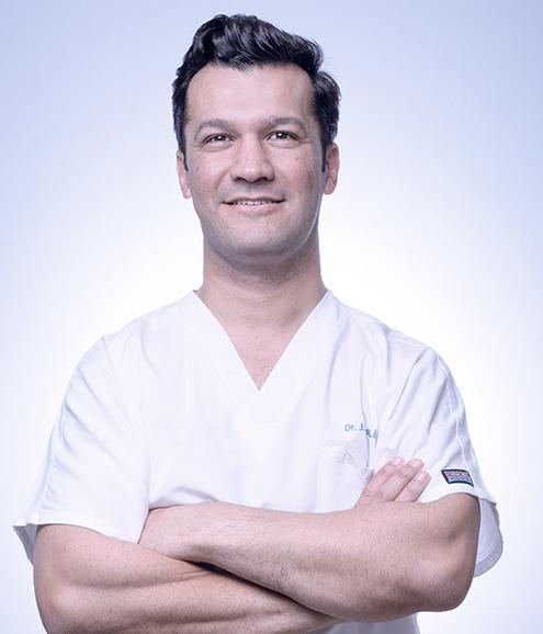 Clínica-Dental-Barcelona-Olivieri-Dr-Luís-Lopez